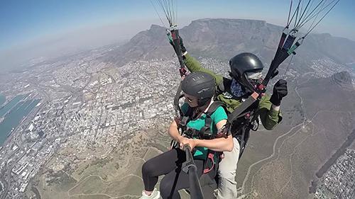 Pilot Jan De Jager Go Paraglidng Cape Town in flight